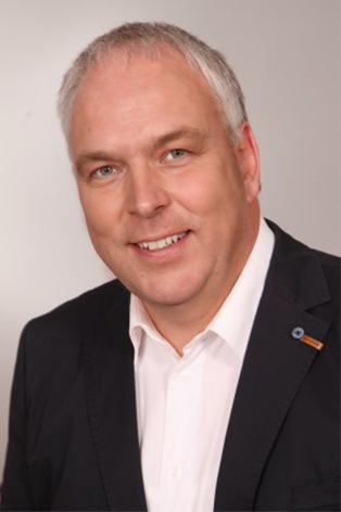 Dirk Lange